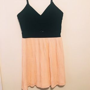 Material Girl Peach and black dress 👗